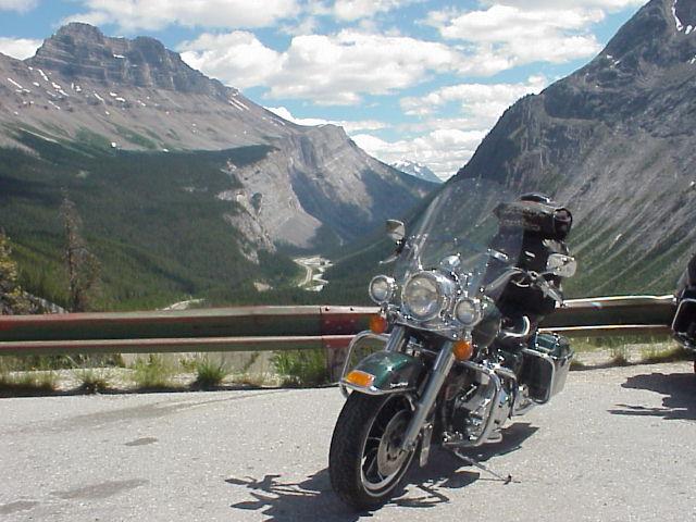 Glacier Parkway